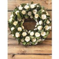 White Roses Wooden Wall Wreath